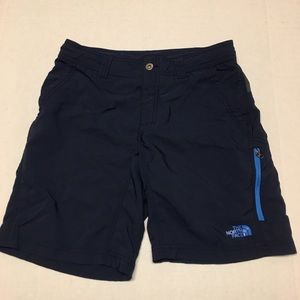 The north face athletic logo blue cargo shorts